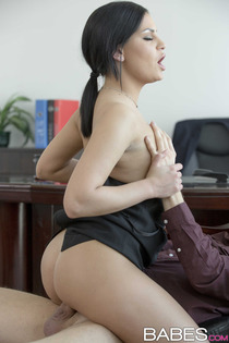 Annie Wolf Busty Office Slut Gets Fucked-04