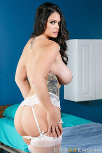 Alison Tyler Pictures In Dr. Buttfucker-05