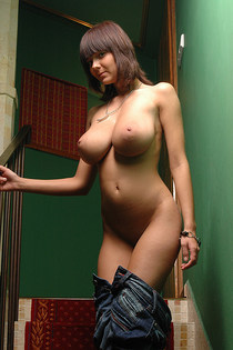 Big tits and rounded ass naked-14