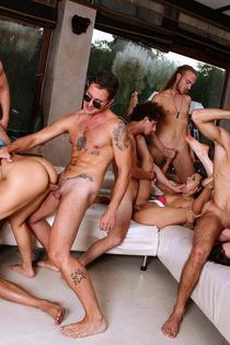 Samia Duarte Valentina Nappi Samantha Bentley In Big Group Sex-12