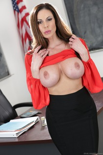 Huge Boobed Kendra Lust Gets Fucked Hard-01