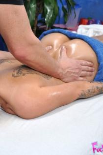 Sexy Blonde Tattooed Slut Gets Oiled Fucked-05