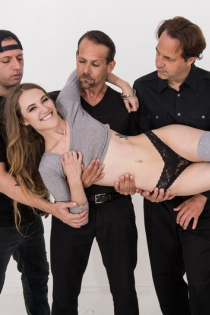 Dirty Girl Samantha Hayes In Oral Gangbang Party-00