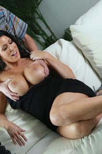 Big Boobed MILF Slut Reagan Foxx In Hardcore Action-01