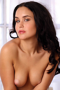 Stephie Love Posing Nude