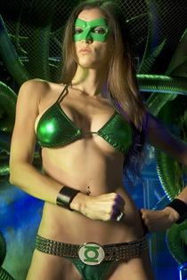 Wild Brunette Babe Like Green Lantern Pics Gallery