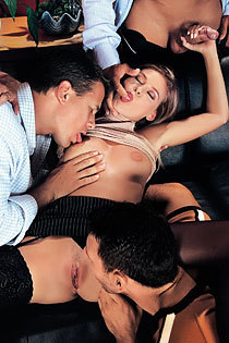 Victoria Swinger Banged By 3 Guys