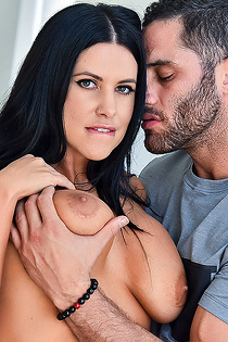 Big Boobed Dirty Slut Lacie Gets Fucked