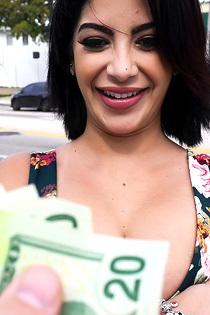 Sexy Latina Loves Cash