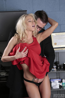 Katie Morgan Horny Secretary Makes Love In The Office-04